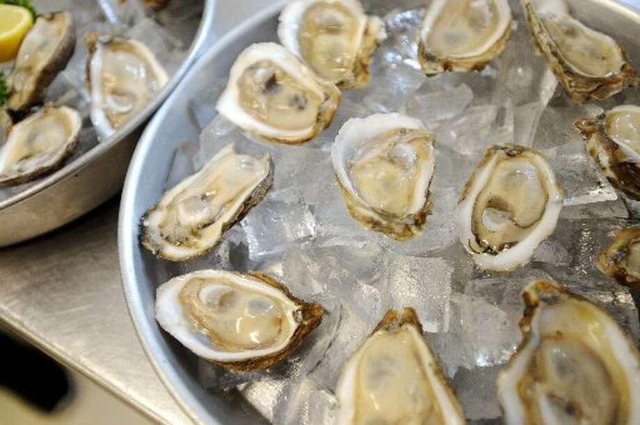 Oysters at Stingaree. Jake Daniels/@JakeD_in_SETX