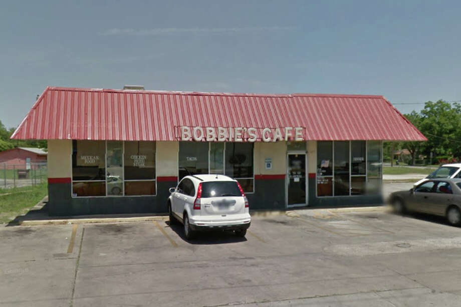 Bobbie's Café: 6728 S. Flores St., San Antonio, TX 78221Date: 02/22/2018 Score: 72Highlights: Inspector observed beef blood on salad dressing container lid inside walk-in cooler; lights must be shielded; non-food contact surfaces must be clean to sight/touch; non-food contacts surfaces must be clean to sight/touch (behind and under main grill, under small refrigerator, floor and walls in walk-in cooler); poisonous/toxic chemicals must be properly labeled; replace cracked/broken ceiling tiles in kitchen Photo: Google Maps