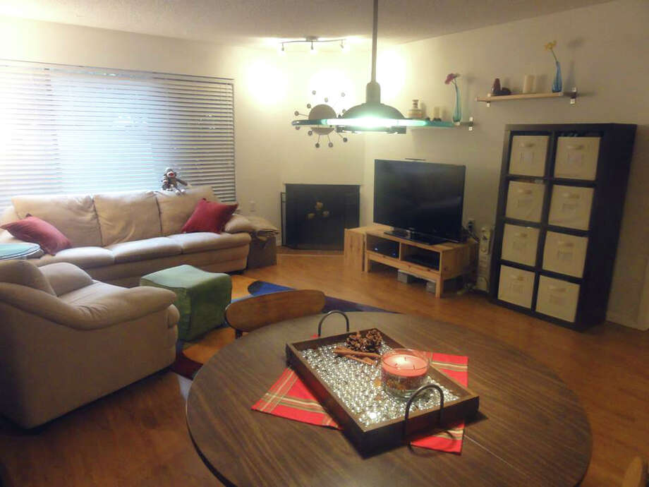 We'll start with the home priced closest to Green Bay's value, 1740 N.E. 86th St., No. 111. The 647-square-foot condo, built in 1982, has one bedroom, with a reading nook, one bathroom and a wood-burning fireplace. An open house is scheduled for 11 a.m. to 2 p.m. Saturday. Photo: Courtey Jennifer Fall/Champions Real Estate Services