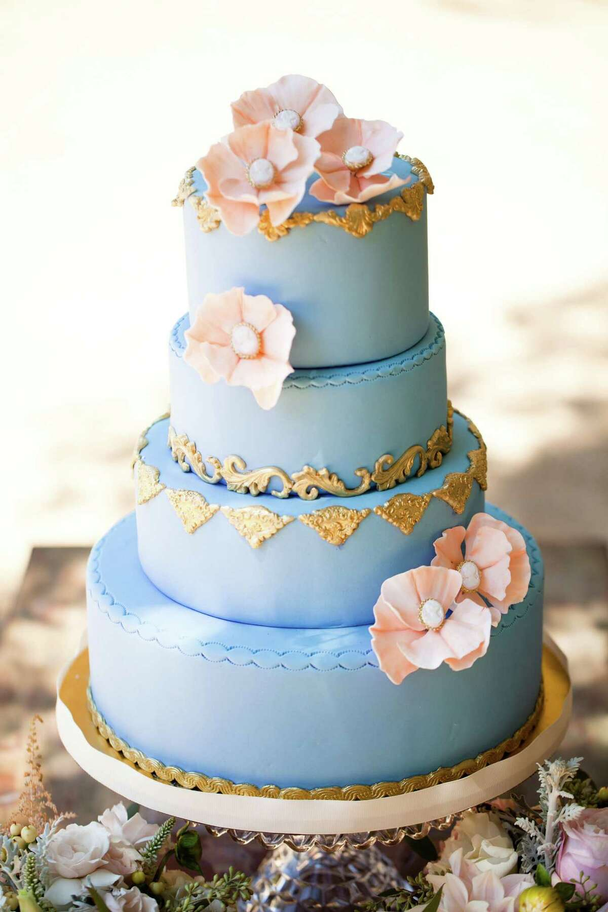 Creative cakes Not all brides and grooms are sweet on white cake with white frosting. Alison Okabayashi, owner of Pretty Please Bakeshop in San Francisco, says she's incorporating fun flavors like pistachio lime, Snickers, and peanut butter and jelly into wedding cakes - and the color palette is broadening as well, with dark brown, gold and black challenging white fondant.