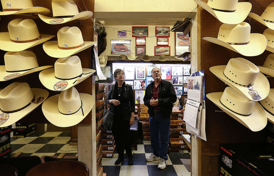 Randy and Stephanie Kelley shop at Paris Hatters. State Rep. Marsha Farney, R-Burnet, has introduced a bill that would make the cowboy hat the official hat of Texas. A reader says that a recent story on the hat should have included a discussion of the Mexican influence on Texas culture. Photo: JERRY LARA /San Antonio Express-News / © 2015 San Antonio Express-News
