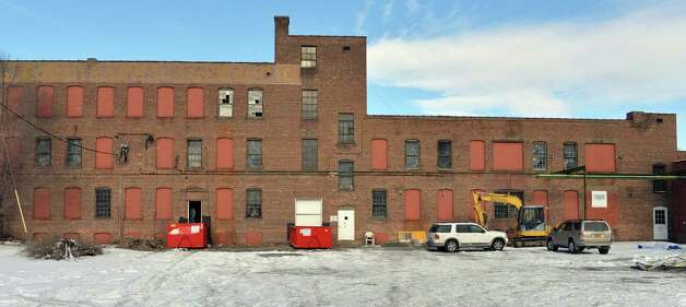The former Tilley Ladder factory Friday Jan. 16, 2015, in Watervliet, NY.  (John Carl D'Annibale / Times Union) Photo: John Carl D'Annibale / 00030244A