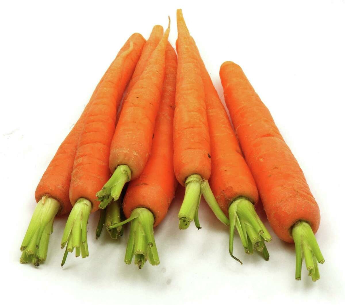 Carrot: Carrot seed takes two weeks or longer to germinate in cold weather, but is worth the wait. Keep soil surface moist if rains fail. Weed seedlings carefully and thin to 1½ or 2 inches apart. Choose moderately long varieties like 'Nantes' or 'Chantenay.' Grow it: Sow seeds directly in the garden. When to plant: Plant in January if you can work soil between the rains, if not, aim for February.