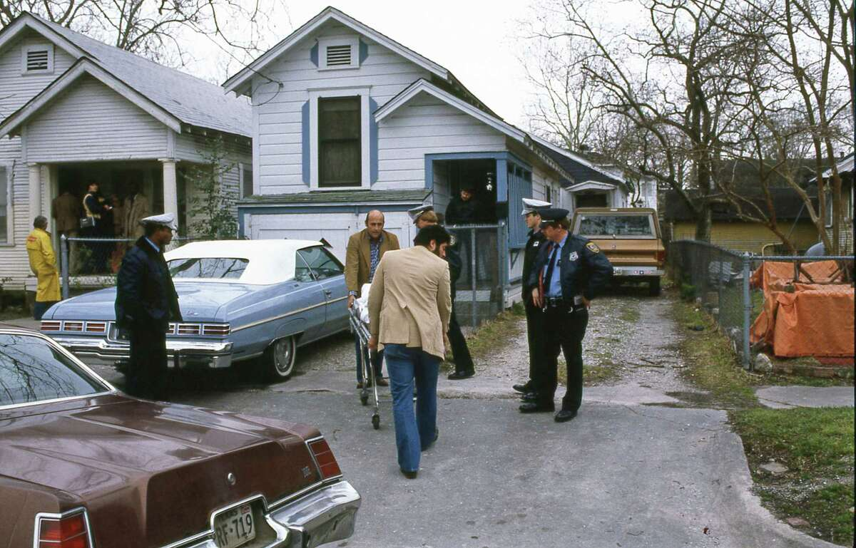 Houston police and medical examiners in 1984 investigate the deaths of 33-year-old Yleen Faye Kennedy and her sister, 23-year-old Lillie Dale Kennedy, at Yleen's Heights-area home. Now, police say they have found the killer.