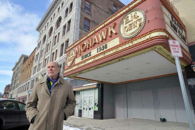 Ralph Brill, owner of the Brill Gallery Studio 109, stands outside the closed Mohawk Theater on Main St. on Wednesday, Jan. 14, 2015, in North Adams, Mass.  (Paul Buckowski / Times Union) Photo: Paul Buckowski / 00030194A