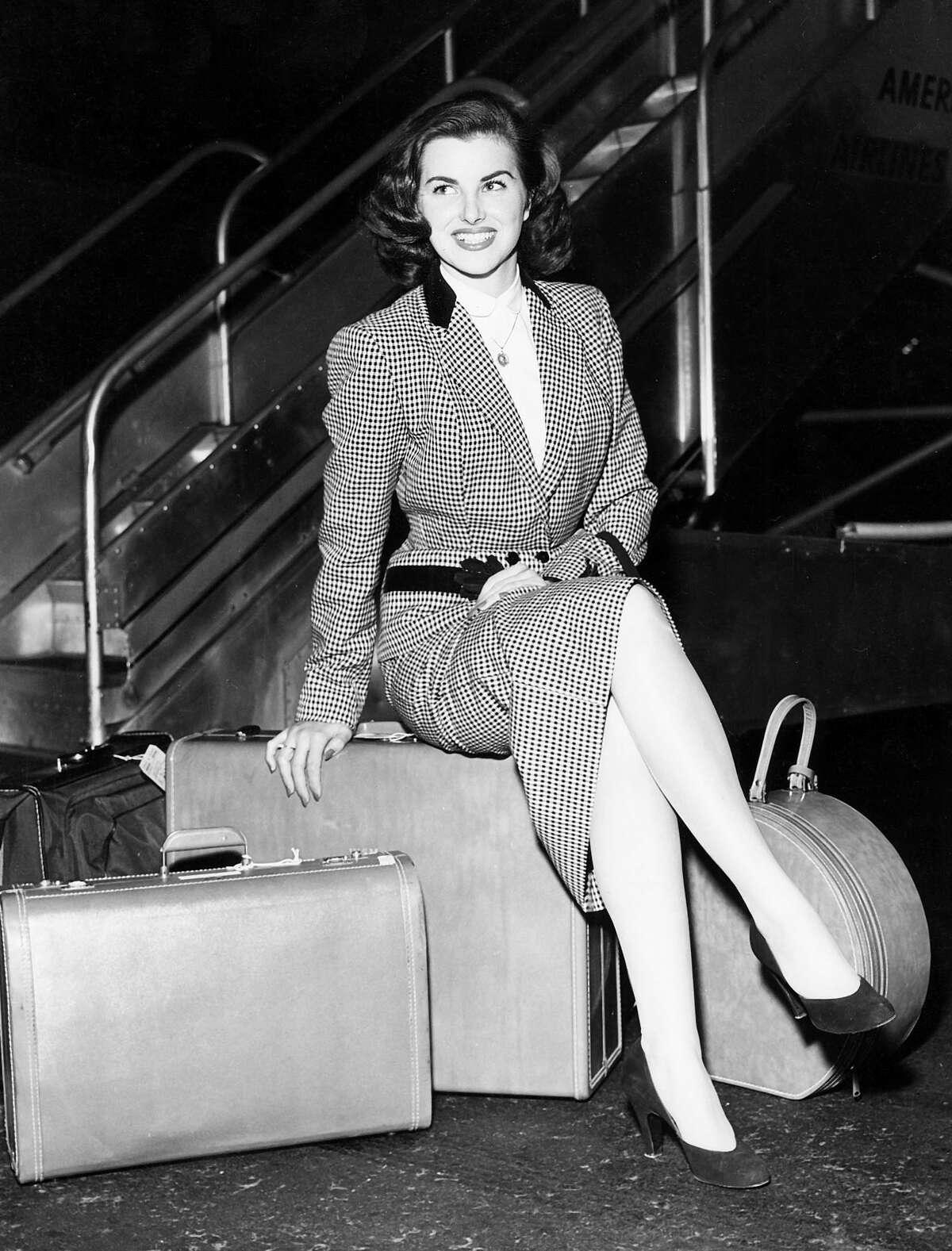 1953: Christiane Martel, France