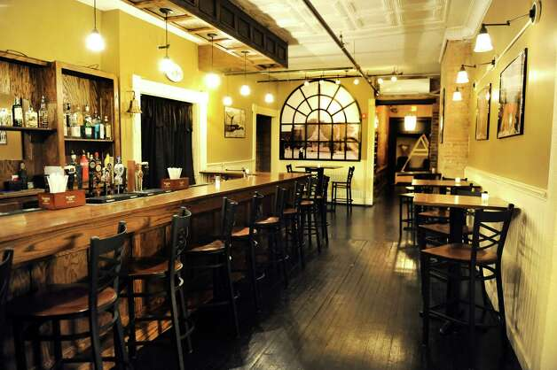 O'Briens Public House bar on Thursday, Jan. 8, 2015, in Troy, N.Y. (Cindy Schultz / Times Union) Photo: Cindy Schultz / 00030119A
