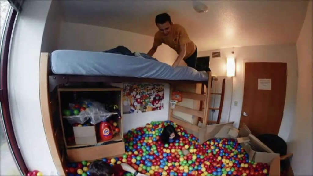 Rice University Senior David Nichol Created A Ball Pit In His Dorm Room,  January 2015 Part 3
