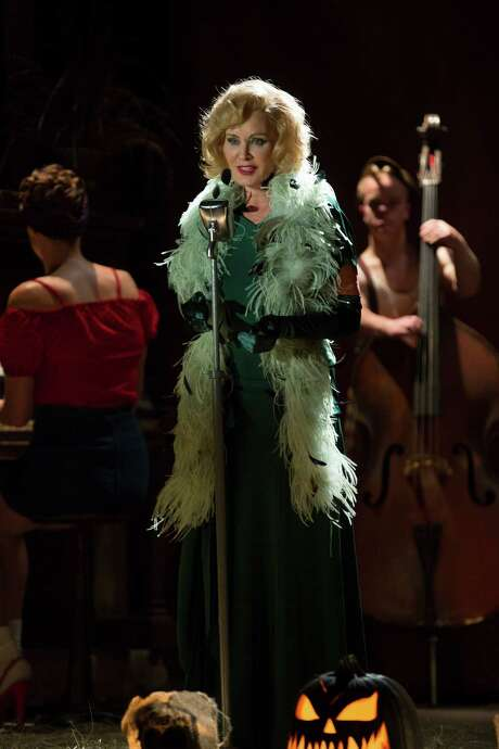 "Jessica Lange in ""American Horror Story: Freak Show."" Photo: MICHELE K. SHORT / Michele K. Short / FX / FX"