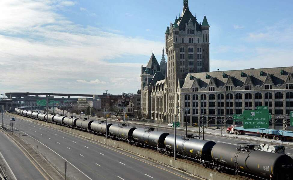 A long line of oil tank cars sits along I-787 Tuesday, Jan. 20, 2015, in Albany, N.Y. (John Carl D'Annibale / Times Union)