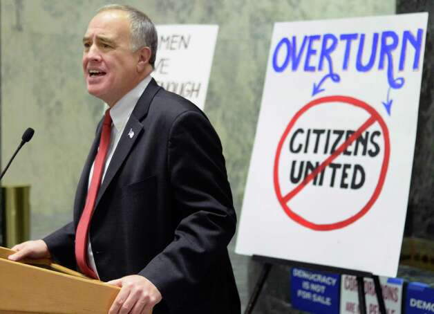 NYS Comptroller Thomas P. DiNapoli speaks during a pro democracy rally to rein in campaign spending at the Legislative Office Building Wednesday January 21, 2015 in Albany, NY.   (John Carl D'Annibale / Times Union) Photo: John Carl D'Annibale / 00030240B