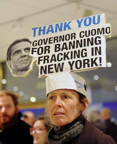 Leslie Roeder of Manhattan wears a sign on her head outside the entrance to Gov. Andrew Cuomo's State of the State address event at the Convention Center at the Empire State Plaza on Wednesday, Jan. 21, 2015 in Albany, N.Y. (Lori Van Buren / Times Union) Photo: Lori Van Buren, Albany Times Union / 00030240A