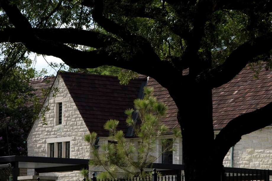 St. John's School in River Oaks. Photo: Johnny Hanson, Houston Chronicle / Houston Chronicle