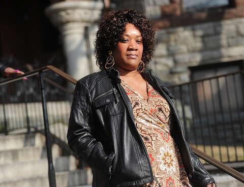 Prophetess follows path to prison - Connecticut Post
