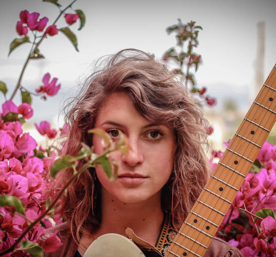 Kendra McKinley will play the Fillmore on Saturday, Jan. 31. Photo: Bradley S. Byrd / ONLINE_YES