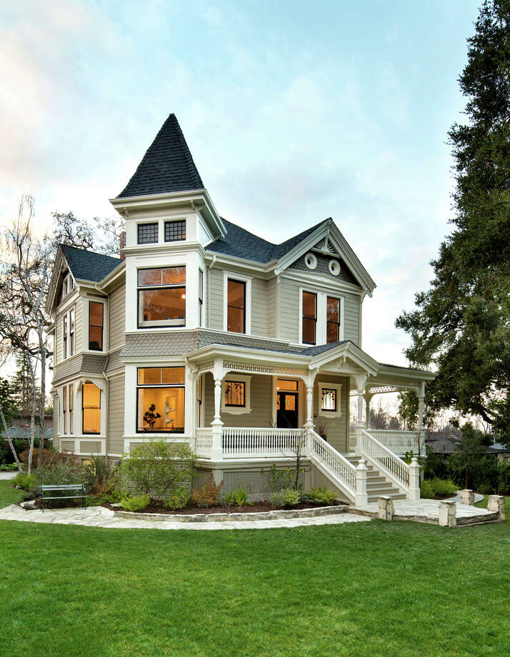 2275 Amherst St. in Palo Alto is a historic Queen Anne Victorian available for $4.88 million. Photo: Bernard Andre' / ONLINE_CHECK