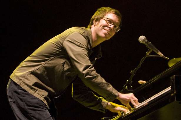 Ben Folds performs at the Vegoose Music Festival on Sunday, Oct. 29, 2006 at Sam Boyd Stadium in Las Vegas. (AP Photo/ Keith Shimada)