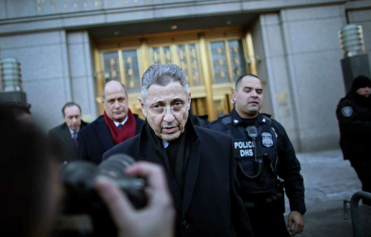 NEW YORK - JANUARY 22: New York State Assembly Speaker Sheldon Silver walks out of the Federal Courthouse after his arraignment on January 22, 2015 in New York City. Silver was arrested on bribery and corruption charges Thursday morning after a long-term investigation by the FBI. (Photo by Yana Paskova/Getty Images) ORG XMIT: 533918707