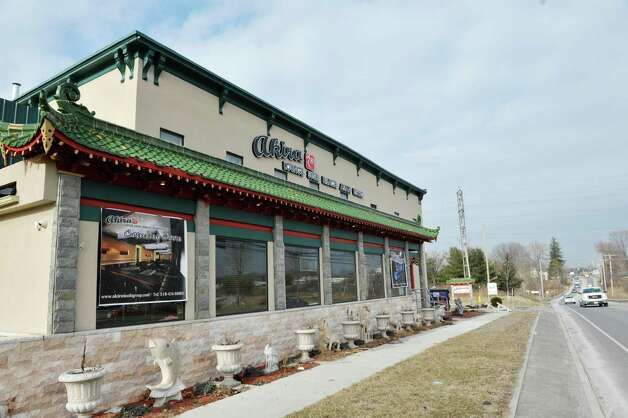 A view of the outside of Akira, a new hibachi and sushi restaurant located at 385 Route 9W on Thursday, Jan. 22, 2015, in Glenmont, N.Y.    (Paul Buckowski / Times Union) Photo: Paul Buckowski / 00030305A