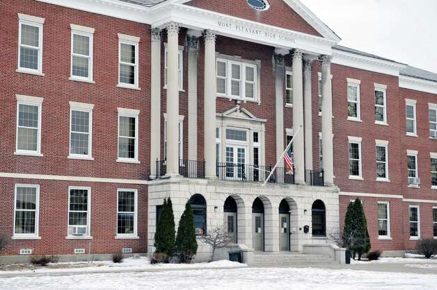 A view of Mont Pleasant Middle School on Thursday, Jan. 22, 2015, in Schenectady, N.Y.  (Paul Buckowski / Times Union) Photo: Paul Buckowski / 00030316A