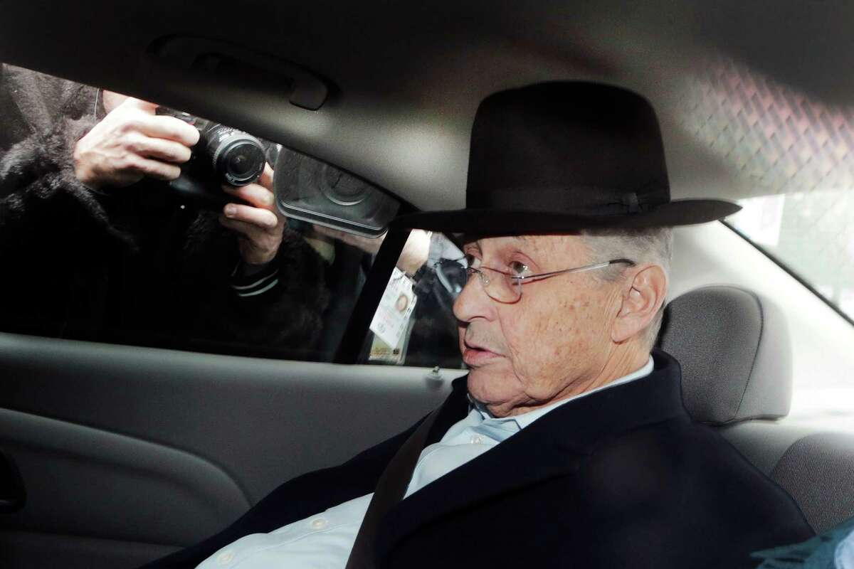 New York Assembly Speaker Sheldon Silver is transported by federal agents to federal court, Thursday, Jan. 22, 2015 in New York. Silver, who has been one of the most powerful men in Albany for more than two decades, was arrested Thursday on public corruption charges. (AP Photo/Mark Lennihan) ORG XMIT: NYML102