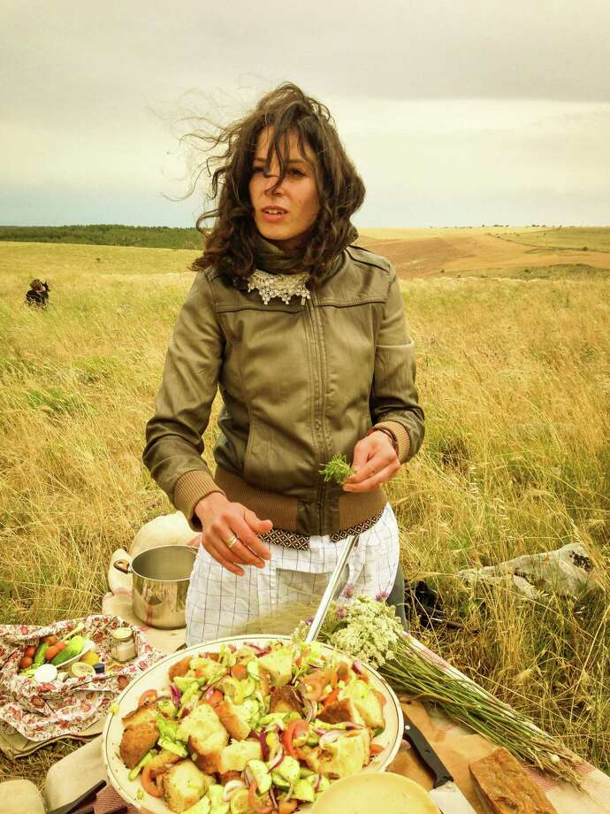 A simple shepherd-style lunch is assembled in the fresh air. Photo: Jill K. Robinson / Special To The Chronicle / ONLINE_YES
