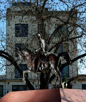 A statue depicting Juan Seguin is seen Dec. 16, 2014, in Seguin, Texas on the courthouse square. Photo: William Luther /San Antonio Express-News / © 2014 San Antonio Express-News