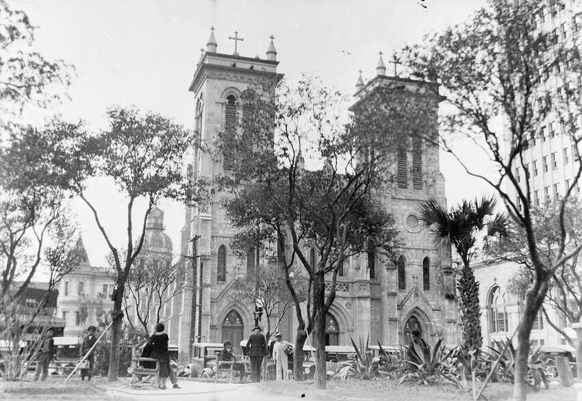The 18th-century San Fernando Cathedral is the first church built in San Antonio, the oldest standing church in Texas, and one of the oldest cathedrals in the U.S. It's listed on the National Register of Historic Places. (Photo circa 1907)