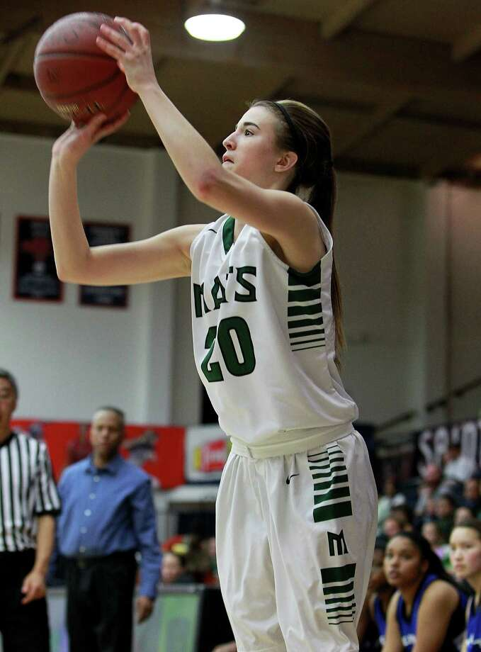 Sabrina Ionescu has trimmed her choices to Cal or Oregon. Photo: Dennis Lee / MaxPreps / 2014, Dennis Lee