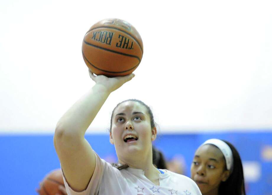 Convent of the Sacred Heart's Emily O'Sullivan recently scored her 1,00th point. Photo: Bob Luckey / Greenwich Time