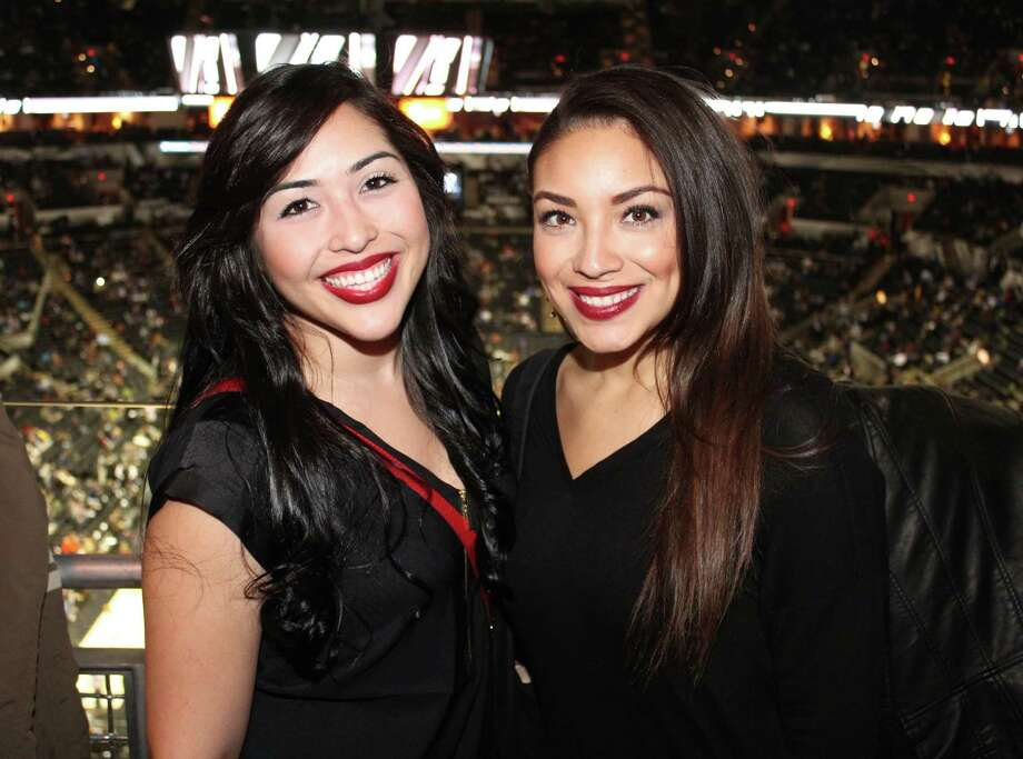 Fans enjoyed the Spurs victory over the Lakers at AT&T Center on Friday, January 23, 2015. This is the first in a six-game homestand for the Spurs. Photo: Yvonne Zamora/For MySA.com