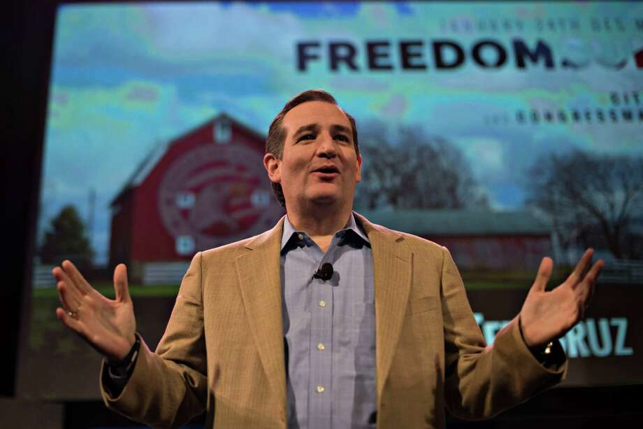 Senator Ted Cruz, a Republican from Texas, speaks during the Iowa Freedom Summit in Des Moines, Iowa, U.S., on Saturday, Jan. 24, 2015. The talent show that is a presidential campaign began in earnest Saturday as more than 1,200 Republican activists, who probably will vote in Iowa's caucuses, packed into a historic Des Moines theater to see and hear from a parade of their party's prospective entries. Photo: Daniel Acker / Bloomberg / © 2015 Bloomberg Finance LP