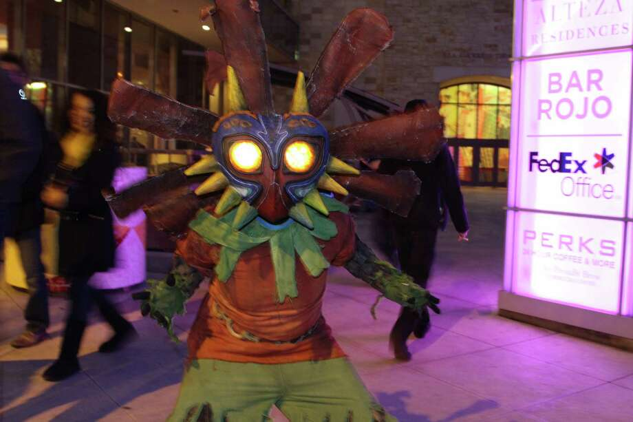 Gaming fans and video game industry insiders continued the fun at day two of Pax South. Photo: By Tyler White,  San Antonio Express-News