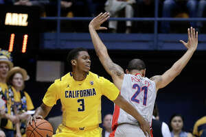 Arizona breezes past Cal 73-50 - Photo