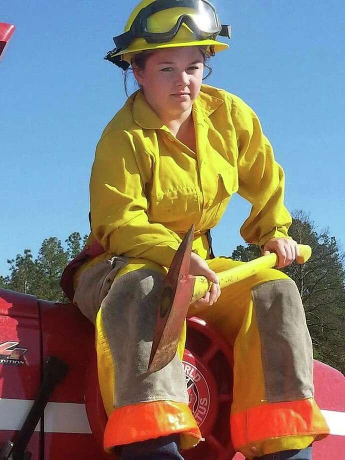 Plantersville Volunteer Fire Fighter  Harley Mullenix died in a car crash Saturday afternoon.