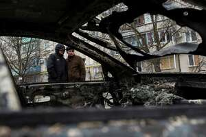 Rebels accused of rocket attack in Ukraine; at least 30 dead - Photo