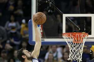Warriors top Celtics for 19th consecutive home win - Photo