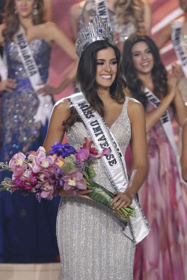 Miss Colombia Paulina Vega is crowned Miss Universe 2015 at Florida International University in Miami on Sunday night. Photo: Alexander Tamargo, Stringer / 2015 Getty Images