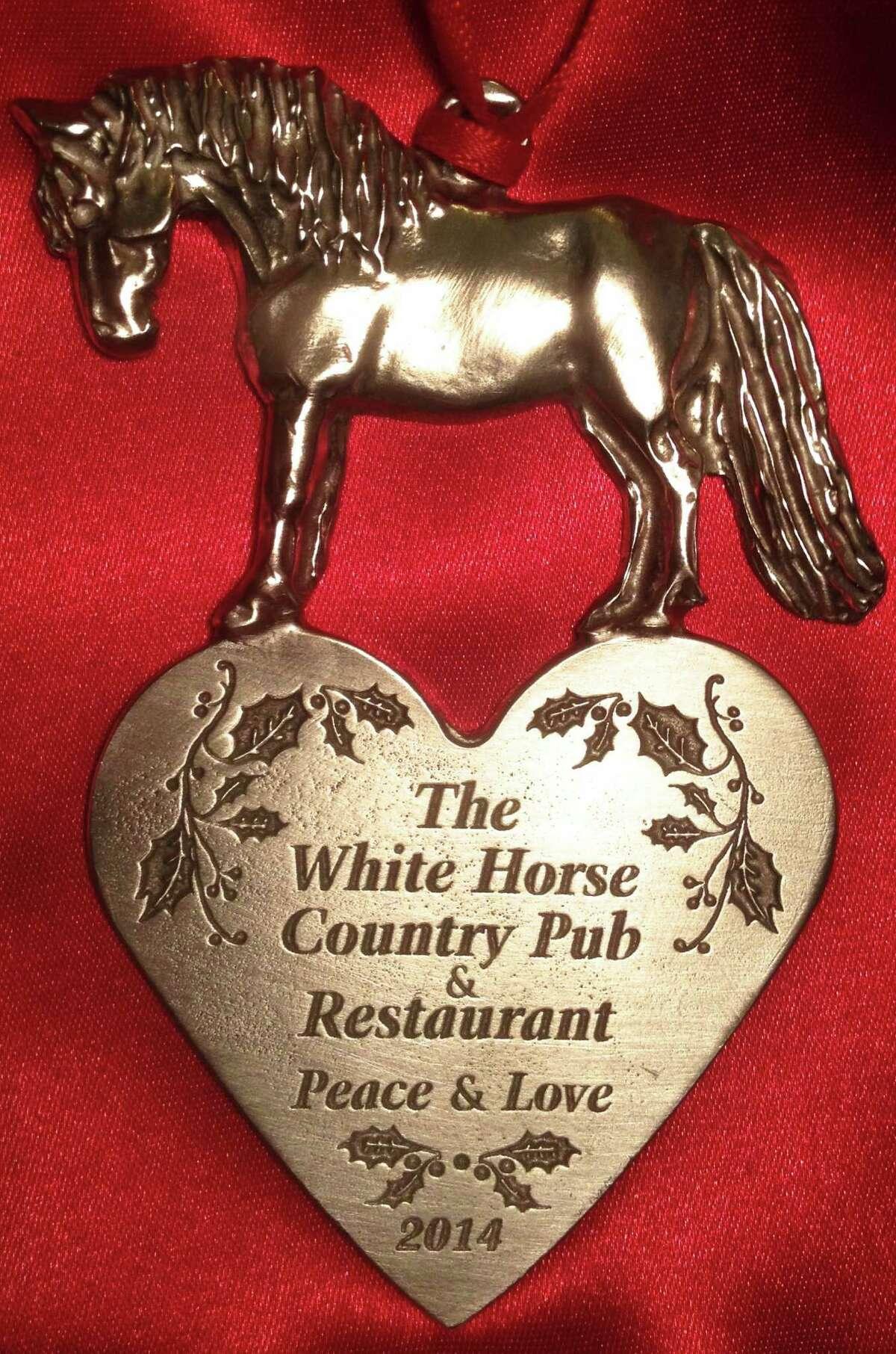 The White Horse Country Pub's 2014 ornament.