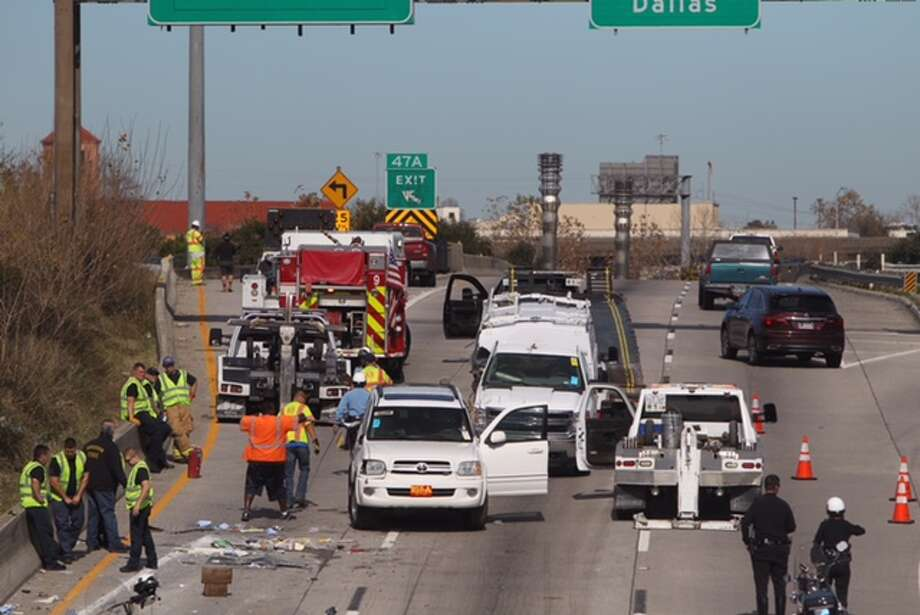 A heavy truck accident blocked northbound traffic on the Gulf Freeway on Jan. 26, 2015 Photo: Cody Duty / Houston Chronicle
