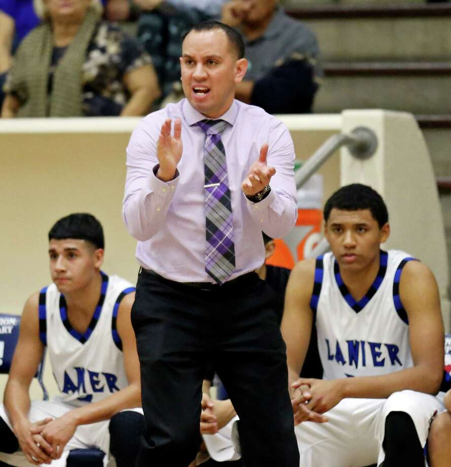 Lanier head coach Joseph Martinez calls a play during first half action against Burbank Friday Jan. 16, at Alamo Convocation Center. Lanier won, 57-45. Photo: Edward A. Ornelas /San Antonio Express-News / © 2015 San Antonio Express-News