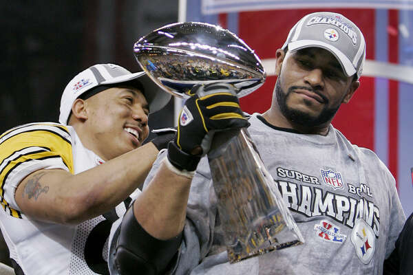 Pittsburgh Steelers Jerome Bettis, right, and Super Bowl XL Most Valuable Player Hines Ward react at the end of a 21-10 win over the Seattle Seahawks in Super Bowl XL on Sunday, Feb. 5, 2006. (AP Photo/David J. Phillip)