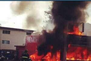 San Bruno pizza shop burns when driver slams into gas line - Photo