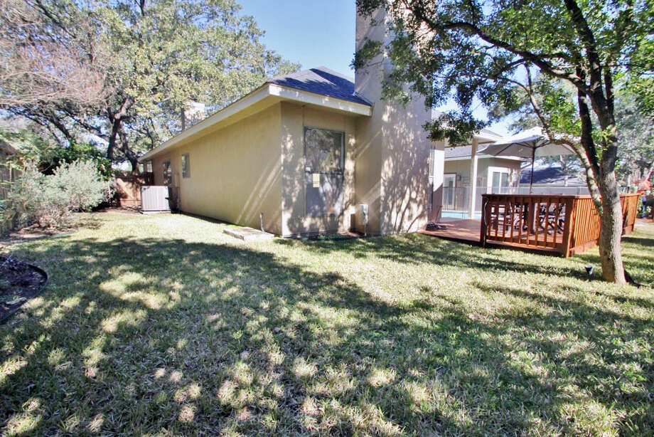 Address:1722 Fawn Gate, San AntonioSize: 3,090 sf Bedrooms: 4 Bathrooms: 3.5 Year Built: 1985 Acreage: .23 acres View: Pool/Yard Neighborhood: Deerfield  Amenities:  Two-story grand entry, new wood laminate floors, pool with hot tub,  three fireplaces, two living areas, Master Bedroom downstairs, Guest  Suite upstairs, very convenient central location Photo: Micah Harper, Courtesy Photo