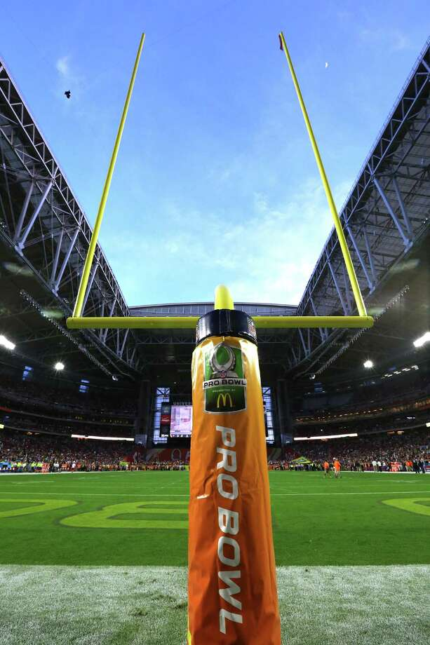 The goal post prior to the NFL Pro Bowl Game, Sunday, Jan. 25, 2015 in Glendale, Ariz. (Doug Benc/AP Images) Photo: Doug Benc, FRE / AP Images