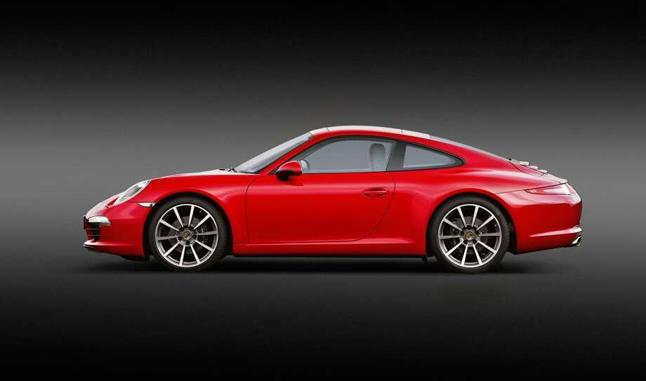 These latest generations of the iconic Porsche look very similar at first glance, but there are some high-powered differences. Photo: Business Insider