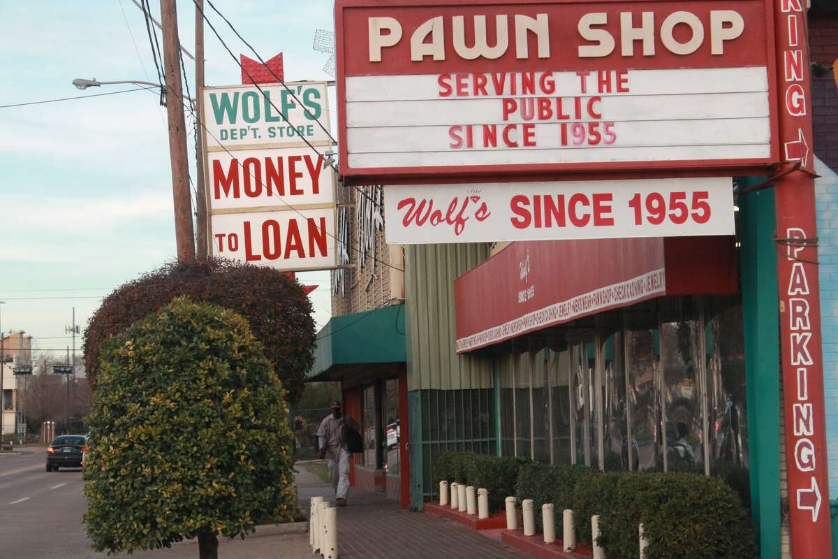 As the shop expanded, so did its signange but the unique aesthetic blend of department store and pawn shop remained.