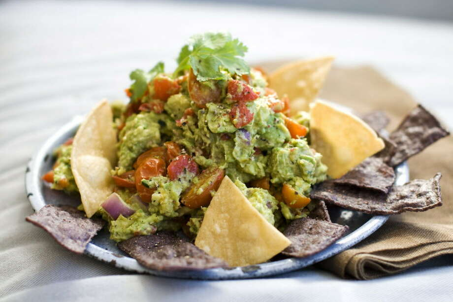 Roasted Fresh Salsa Guacamole. Photo: Matthew Mead / ONLINE_YES