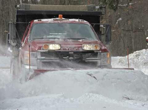 Ct snow crews helping Maryland, Washington, D C
