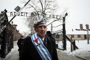 Auschwitz survivors meet on 70th anniversary of liberation - Photo